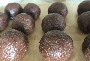 Chewy Chocolate Nutty Balls